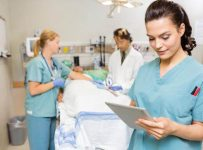 враач и медсестры